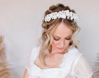 BRIDE FLOWERS TIARA Hair Accessories Headband Flower Crown Bride Headdress Delicate Flowers Headband Dirndl Jewelry Handmade Bride Headdress Luxury