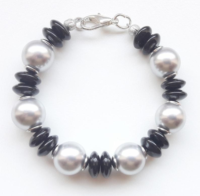 Gemstone Bracelet Bracelet Bracelet Onyx Shell Seed Beads image 0