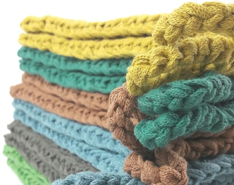 Vardø Gryte - the colorful potholders in forest tones
