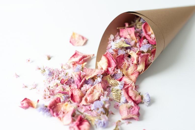Nachhaltiges Blütenkonfetti aus regionalen Anbau