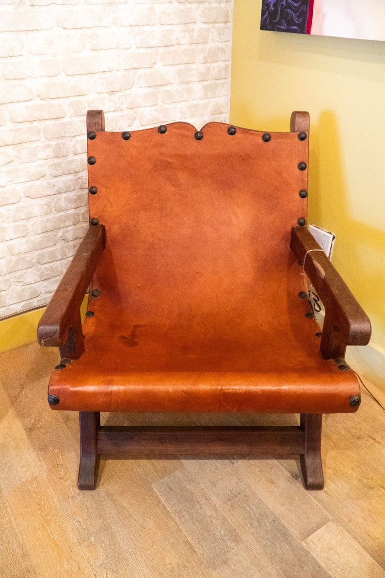 Superbe Handcrafted Mexican Chair