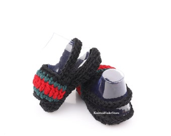 eb303c280a2 Crochet baby slades Crochet baby shoes Knitted sneakers Crochet Booties Baby  booty Baby flip flop New baby Crochet baby set Crochet sneakers