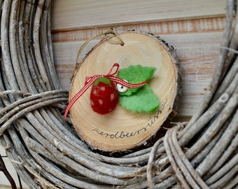 Wooden disc *strawberry sweet*