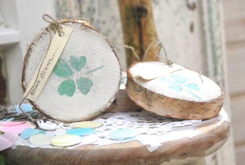 Wood disc  Luck glitters.....  image 0