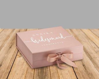 """Gift Box for Bridesmaids and Groomswoman """"Annika"""", Bridesmaid Gift Box, Maid of Honor, Groomsman Gift, Personalized Gift"""