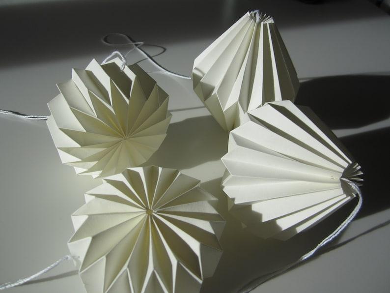 Living decoration pleastore pendantorigami decoration white image 0