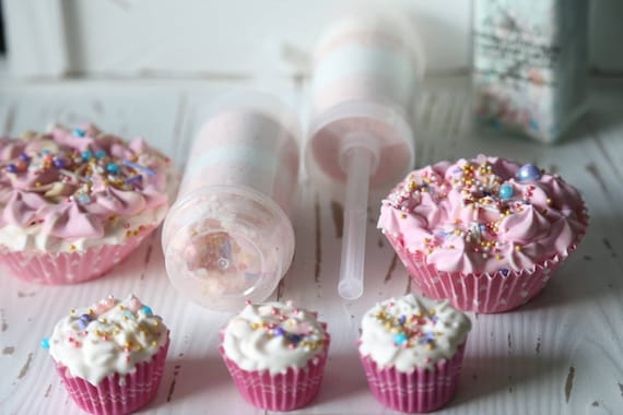 Mother's Day gift, birthday gift, cupcake scented push pop fizz, cupcakes scented bath bomb fizz, shaker fizz salt