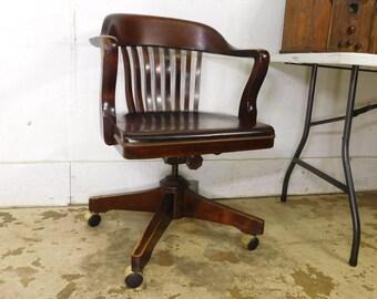 Antique VTG 1960s Mahogany Rolling Swivel Tilt Bankers Lawyer Windsor Desk  Chair
