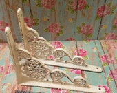 Pair of Shabby Chic Wall Shelf Brackets Cast Iron Ornate Floral Medallion Pattern