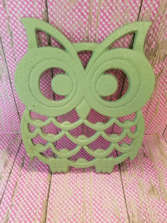 Vintage Green Cast Iron Owl Trivet Wall Decor Hot Plate Retro Bedroom Kitchen Table Counter Living Room Porch Outdoor