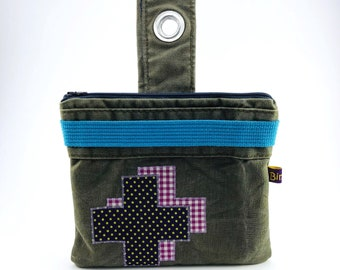 upcycling cosmetic bag made of Bundeswehr sea bag, for hanging, lining made of wax cloth