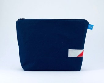 Toiletry bag waxed cotton small, dark blue, cosmetic bag, piece of sail sewn on, 2 compartments, zipper, upcycling bag