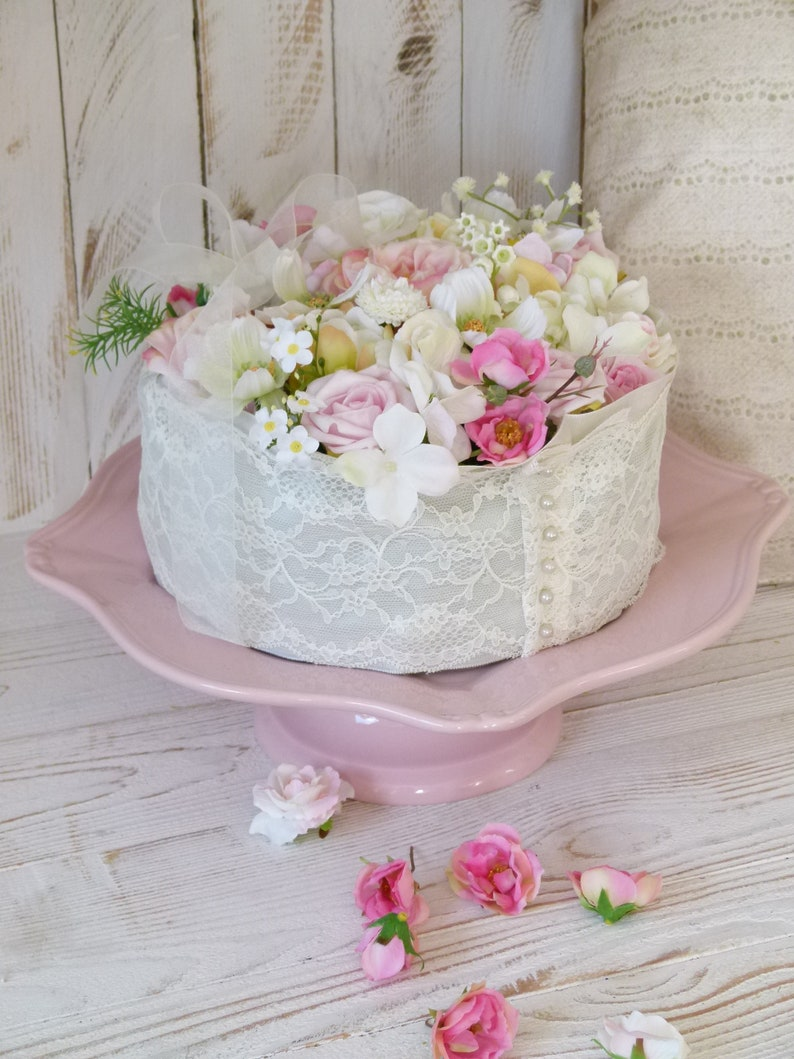 Wedding Cake Cutlery Roses