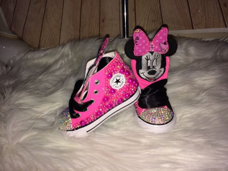 87ecfa0118a6 Minnie Mouse Converse 1st Birthday Custom Converse
