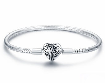 c53d76607fb69 Sterling Silver Snake Chain Bracelet With Heart Clasp
