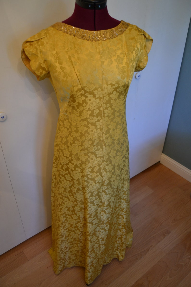 1bb9dd297252 1970's Mike Benet formals gold floral gown | Etsy