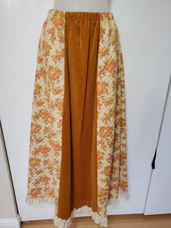 70's Chessa Davis Floral and Velvet Quilted Maxi S
