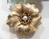 935 silver brooch pendant flower gold colored with pearl, 20s, 30s, floral brooch, chain pendant, junk thing da