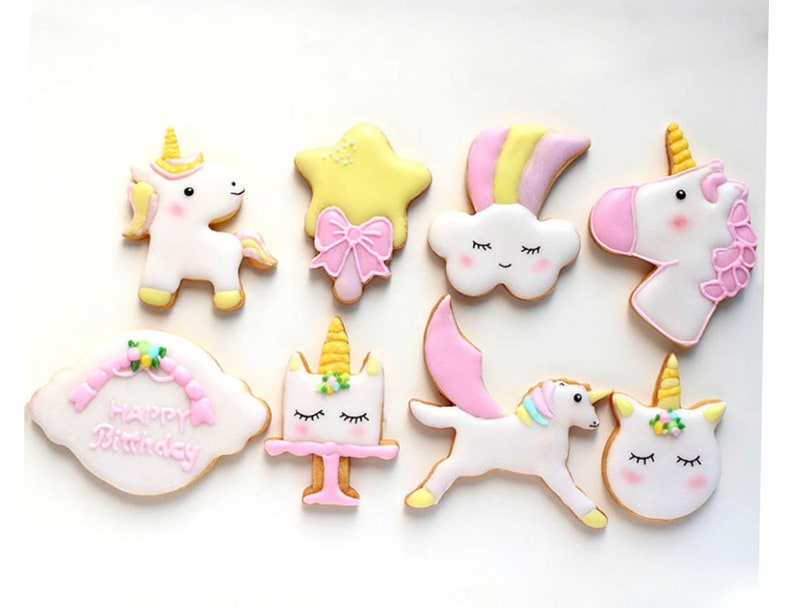 Creative Unicorn Cookie Cutter DIY Fondant Chocolate Cake Embossing Stencil Mold Biscuit Cute Mold Baking Tool 8 pieces