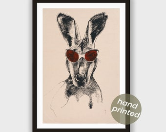 Silkscreen * kangaroo with bordeaux-red or yellow-gold glasses *