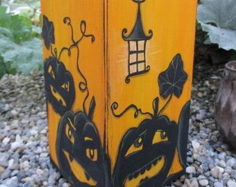 Kronleuchter Helloween ~ Kristallperlen aus einem kronleuchter stockfoto bild