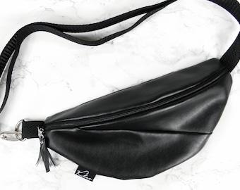 605256d1abd Zwarte gordel tas | Etsy