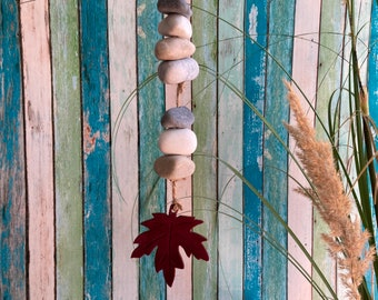Autumn decoration garland with leaf and stones, decoration autumn