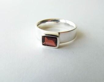 Garnet Ring 925 Silver
