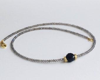 Shimmering Labradoritkette with Onyxkugel 925 Verg