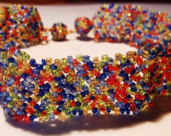 tight-fitting necklace made of tiny colorful beads summer fresh,very decorative choker made of glass beads with bead closure, gift women,