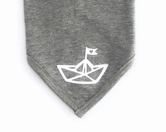 Baby scarf paper boat - Fair Trade - Baby scarf grey, maritime scarf for babies, boat, paper ship, heart