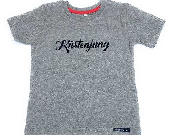 T-shirt Coastal Young-Fair Trade-Kids Shirt Coastal Young, Coastal Boy, Hamburg, North Sea, Baltic Sea, Coast, Northern Germany, Baltic Sea