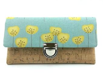 1385a2fe68978 Portemonnaie Butterblume mit Korkleder in natur
