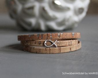 Vegan wrap bracelet made of narrow cork leather strap.