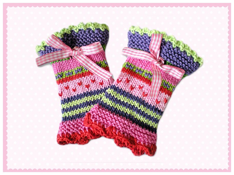 Cuffs for small girls gloves knitted heart rate warmer for children