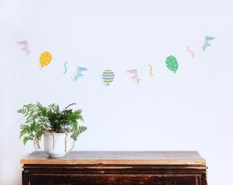 Girlande, Papiergirlande, Party Girlande, Girlanden Bastelset,  Kinderzimmer, DIY, Bastelbogen, Zebras, Luftballons, Luftschlange, Party  Deko