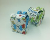 """Gift wrapping """"School is fun!"""" - School ranches"""