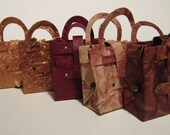 "Gift package ""hand bags (leather optics),"" for sweet snacks or cash gifts"
