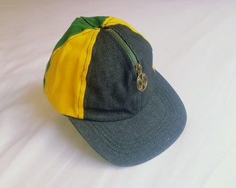 a92432641f4 RARE Vintage Cross Colours Snapback with ZIP