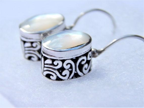 Mother of pearl earrings, 925 sterling silver earr