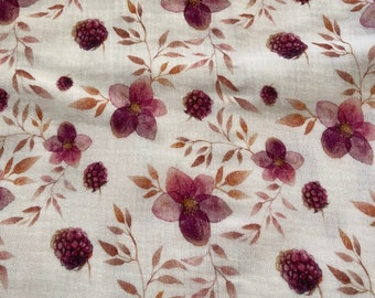 Muslin with raspberries and flowers