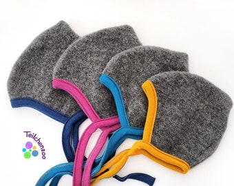 Production: Organic (Merino) wool fleece binding cap ready for shipment, various sizes and colors