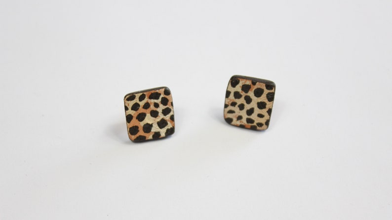 Designer ceramic stud earrings leopard pattern Vintage unique image 0