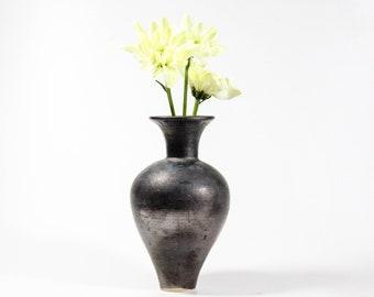 Ceramic Bud Vase | Handmade Balloon Vase | Modern Home Decor | 360