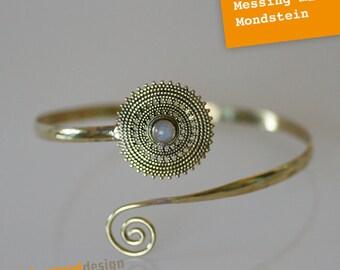 Upper arm ripe-brass-Moonstone-ornate-flower