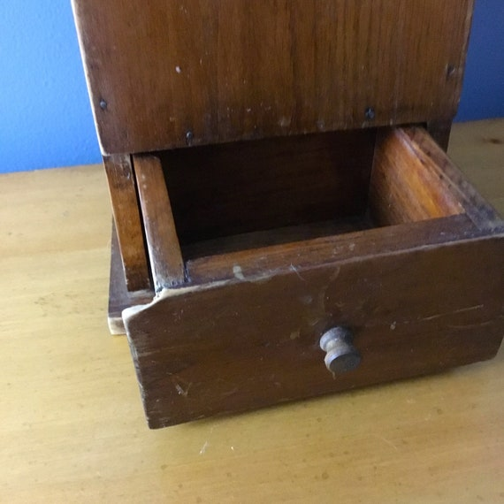 Hanging Mitten Box USA Hand-made Reproduction Pine