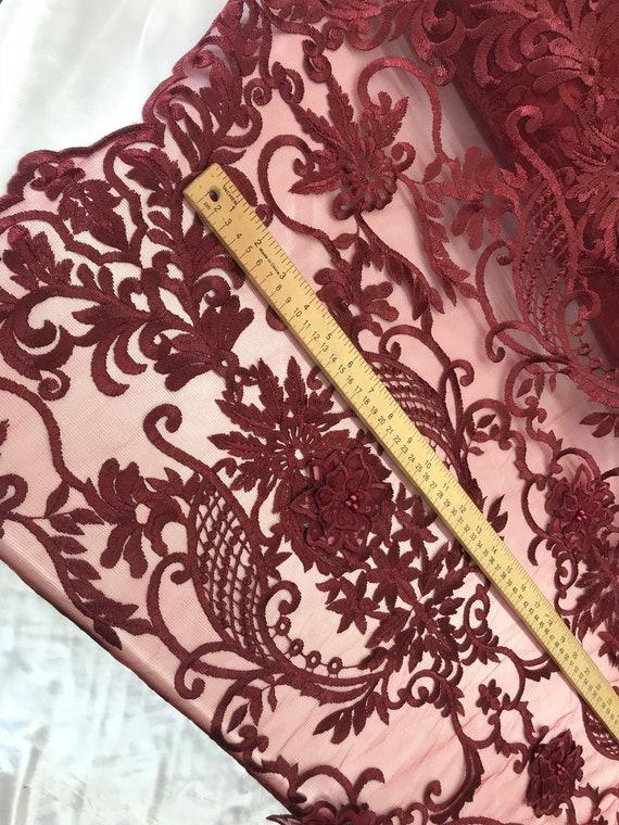 Rouge - Design tissu perles maille dentelle tissu Design mariée mariage vendu par Yard vêtements, vestes, robes, jupes, des applications, des housses de table, chemins de cd17af
