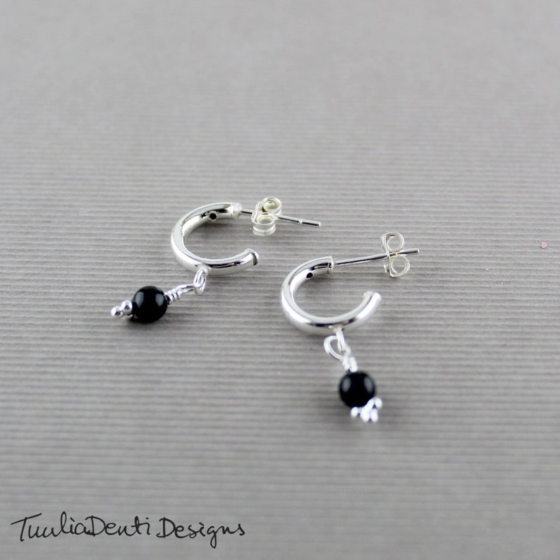 Details about  /NEW STERLING SILVER OVAL ONYX PIERCED POST EARRINGS WITH FLOWER /& LEAF