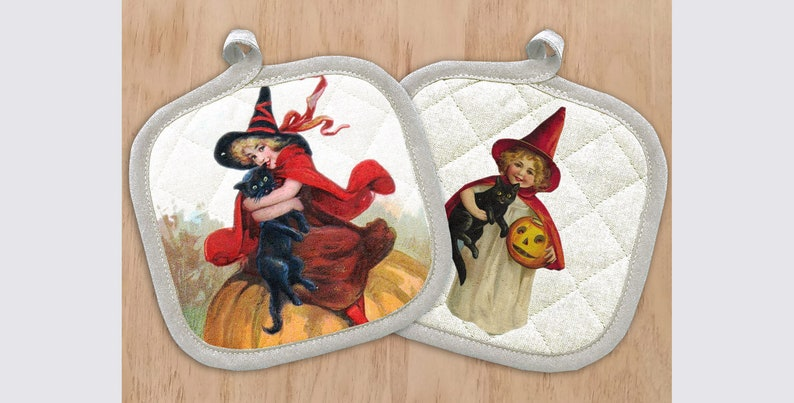 Cats and Pumpkins Potholder Vintage Print 621-0013 Pot Holder with Halloween Witches