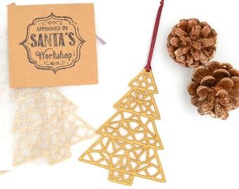 "Christmas pendant ""Glistening Tree"" embroidered luxurious Advent decoration / Christmas tree decoration"